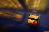 Přehnaná regulace vyeskaluje problémy s hazardem