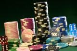 Pokerové turnaje patří do kasín