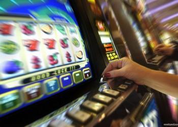 Rozhodnutí Ústavního soudu:<br />Vítězství nad hazardem nebo prohra státu, obcí a neziskového sektoru?